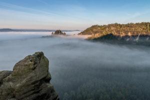 Bild: Heringsgrund, Rauschengrund und Rauschenstein am Morgen