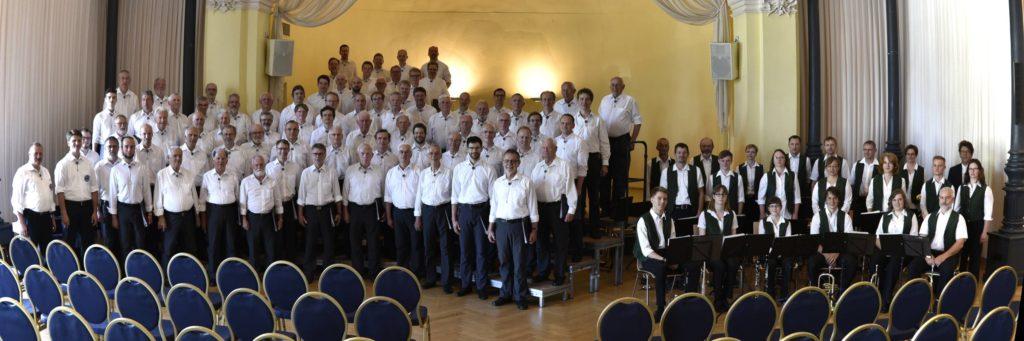 Bergfinken und die Sachsenländer Blasmusikanten