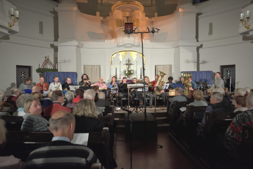 Weihnachtskonzert der Bergfinken in der Annenkirche mit Banda Internationale