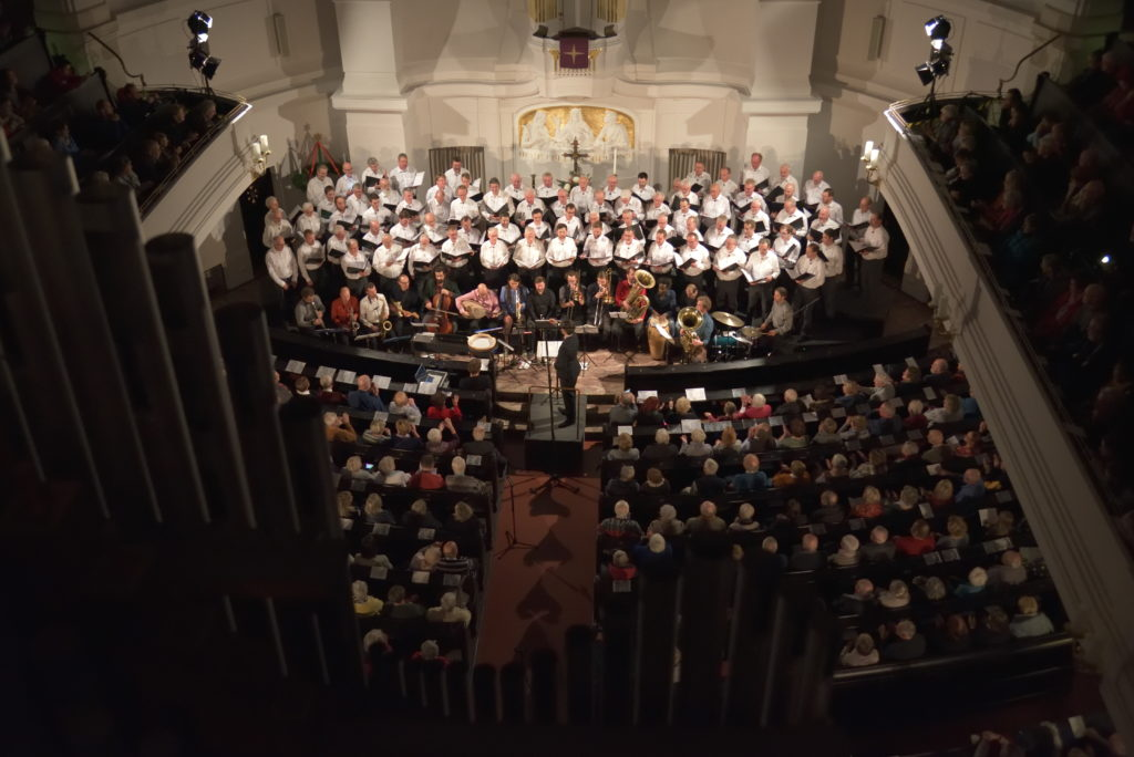 Weihnachtskonzert der Bergfinken in der Annenkirche mit Banda Internationale; Dresden, 07. 12. 2018