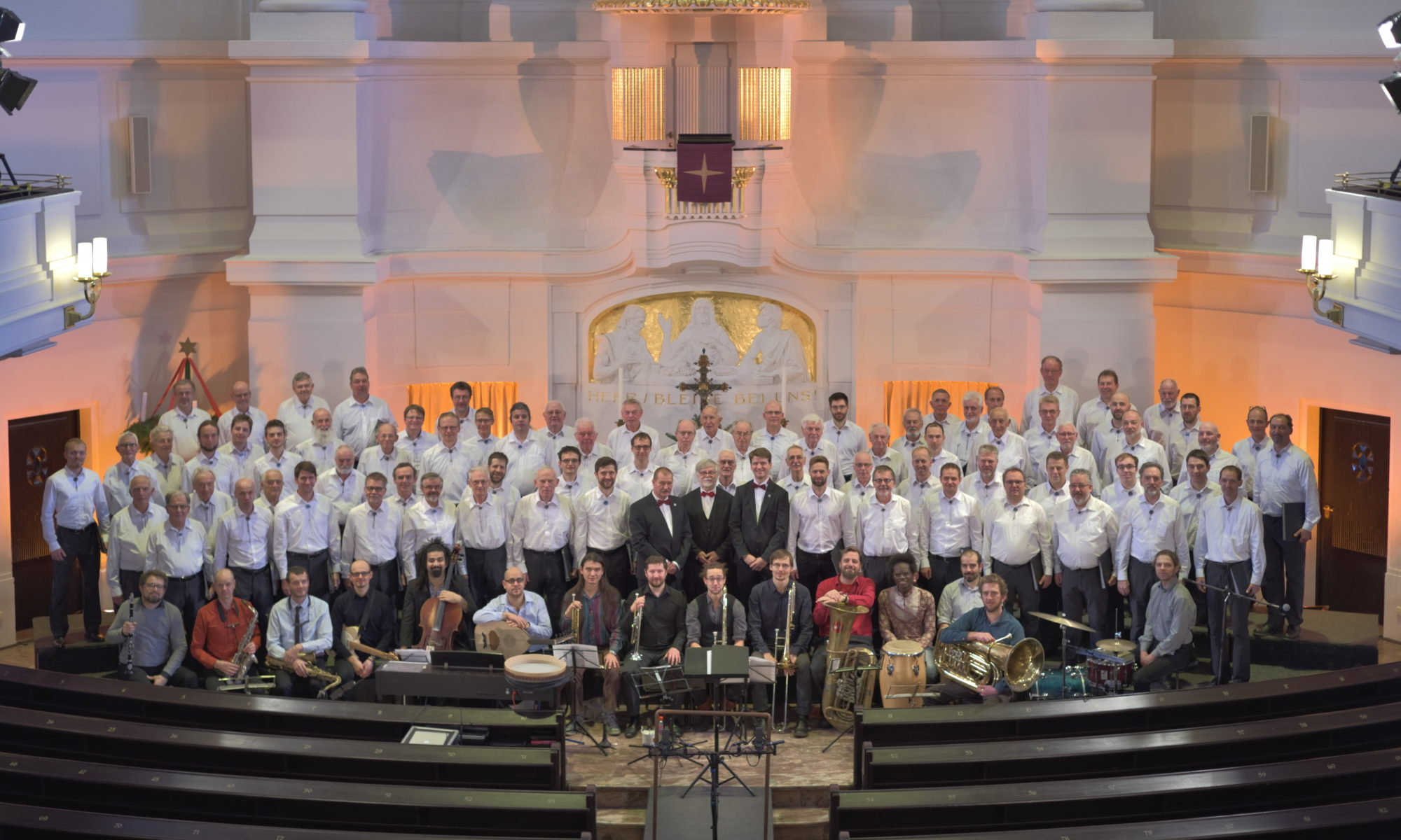 Die Bergfinken in der Annenkirche mit Banda Internationale; Dresden, 08.12.2018