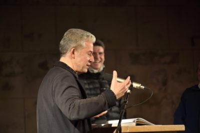 """Dr. Peter Ufer als Moderator zur Buchvorstellung """"100 Jahre Bergfinken"""" am 16.01.2020 im Dresdener Bärenzwinger"""